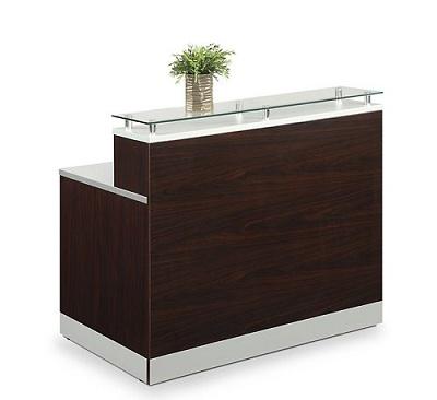 Compact salon Desk